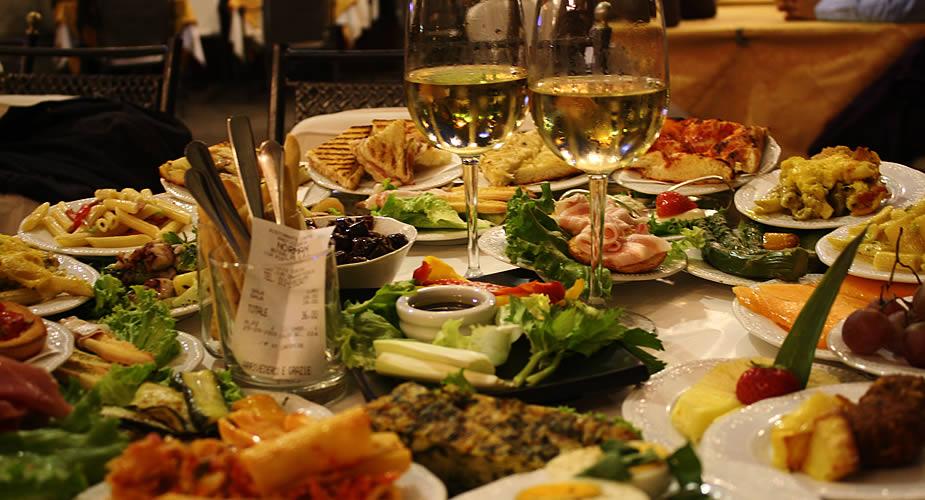 Aperitivi eten in Turijn | Mooistestedentrips.nl