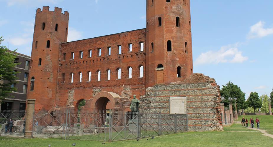 Bezienswaardigheden Turijn: Porta Palatina | Mooistestedentrips.nl