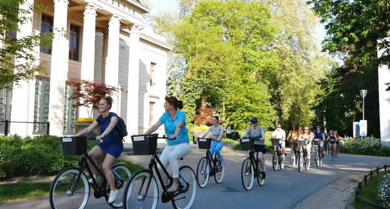 Fietsen in Zwolle (foto met dank aan Baja Bikes) | Mooistestedentrips.nl