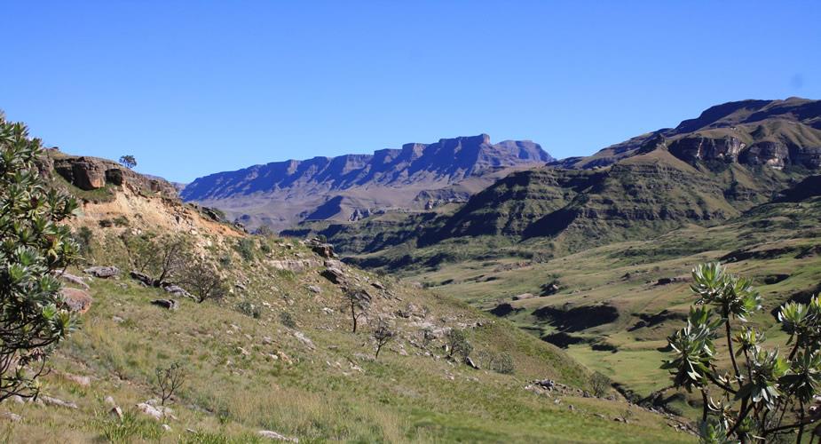 Dagtrip vanuit Durban: Drakensbergen, Sani Pass en Lesotho   Mooistestedentrips.nl