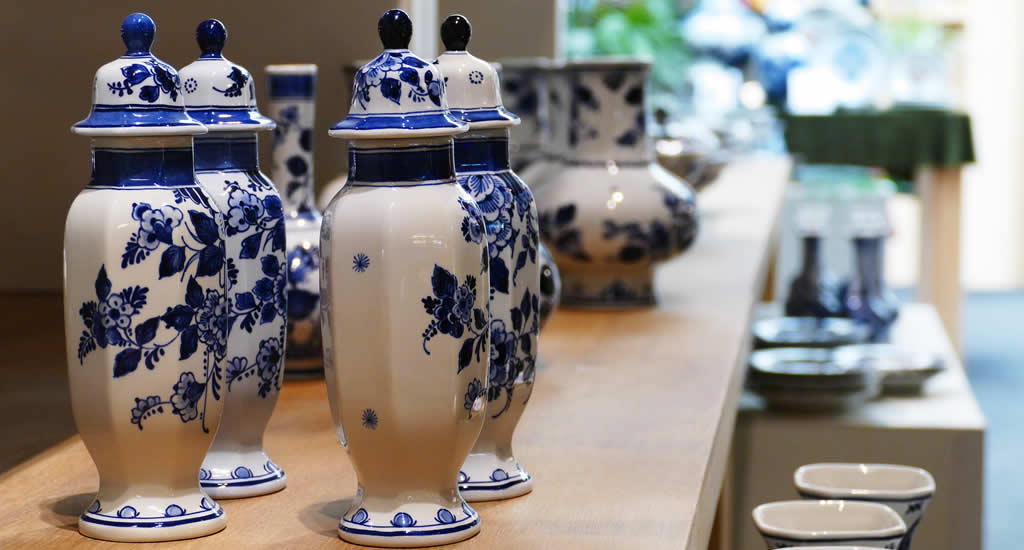 Bezienswaardigheden Delft: bezoek Royal Delft | Mooistestedentrips.nl