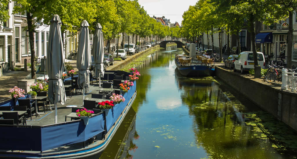 Bezienswaardigheden Delft vanaf het water: maak een rondvaart | Mooistestedentrips.nl