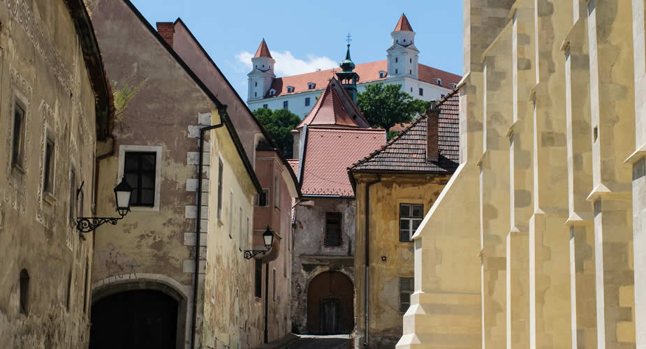 Architectuur in Bratislava: 8x niet missen   Mooistestedentrips.nl
