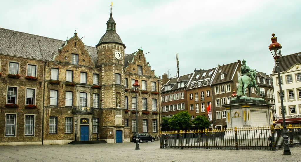 Bezienswaardigheden Düsseldorf: Altstadt | Mooistestedentrips.nl