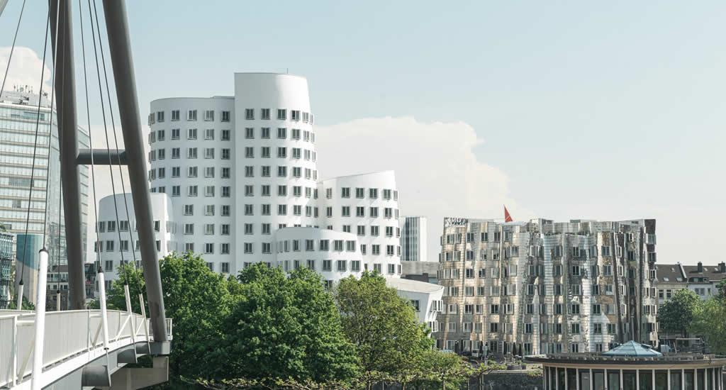 Bezienswaardigheden Düsseldorf: Medienhafen | Mooistestedentrips.nl