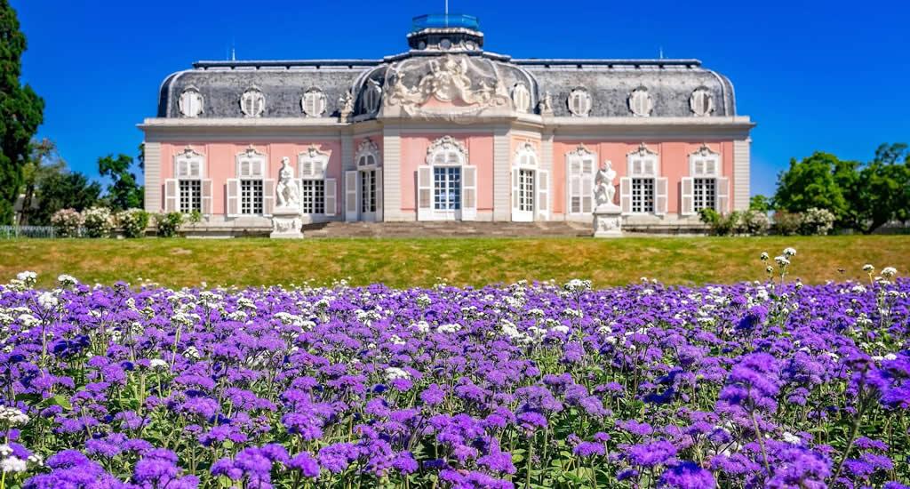Bezienswaardigheden Düsseldorf: Schloss Benrath | Mooistestedentrips.nl