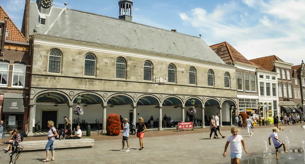 Bezienswaardigheden Zierikzee: Havenplein | Mooistestedentrips.nl