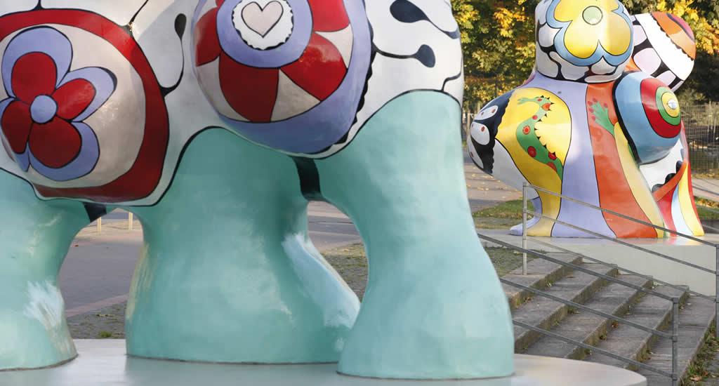 Die Nanas, Niki de Saint Phalle | Mooistestedentrips.nl