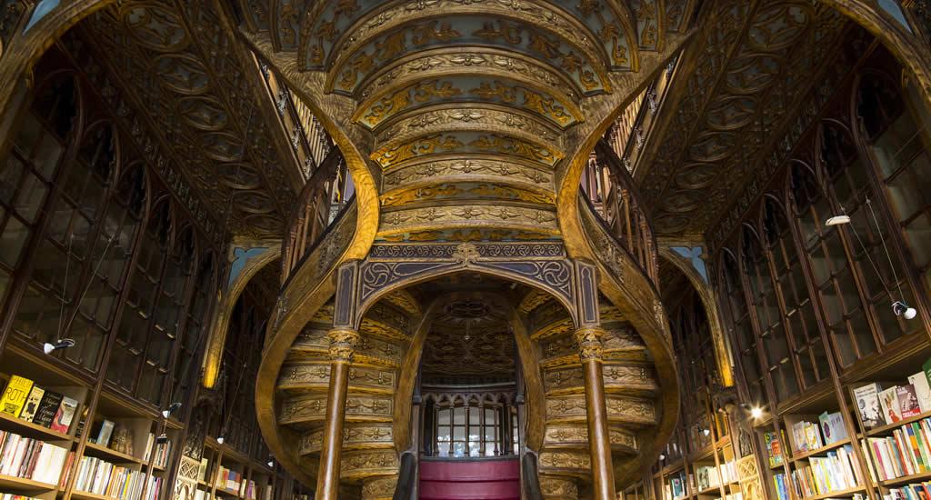 Stedentrip Porto, bezoek boekwinkel Lello   Mooistestedentrips.nl