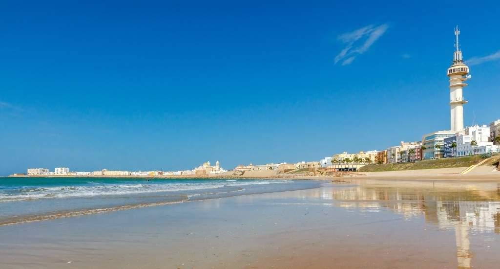Strand Cadíz: Playa de la Victoria | Mooistestedentrips.nl