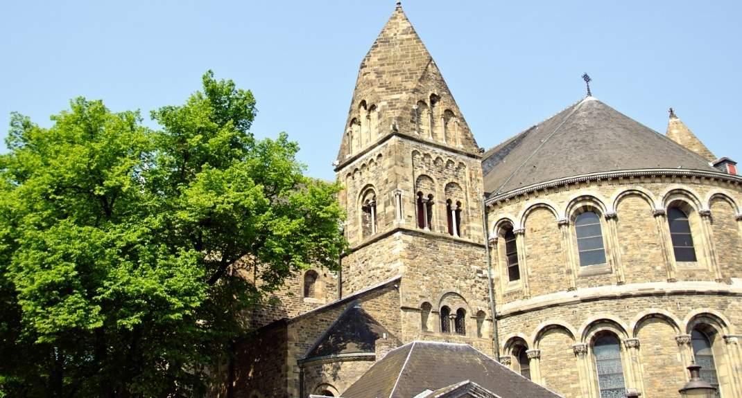 Onze Lieve Vrouwe Basiliek Maastricht   Mooistestedentrips.nl