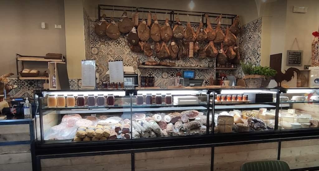 Restaurants in Pisa, Chilometro Toscano | Mooistestedentrips.nl