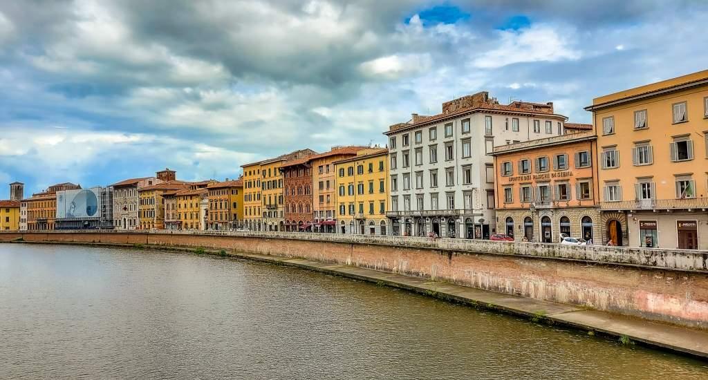 Pisa bezienswaardigheden: wandelen langs de Arno | Mooistestedentrips.nl